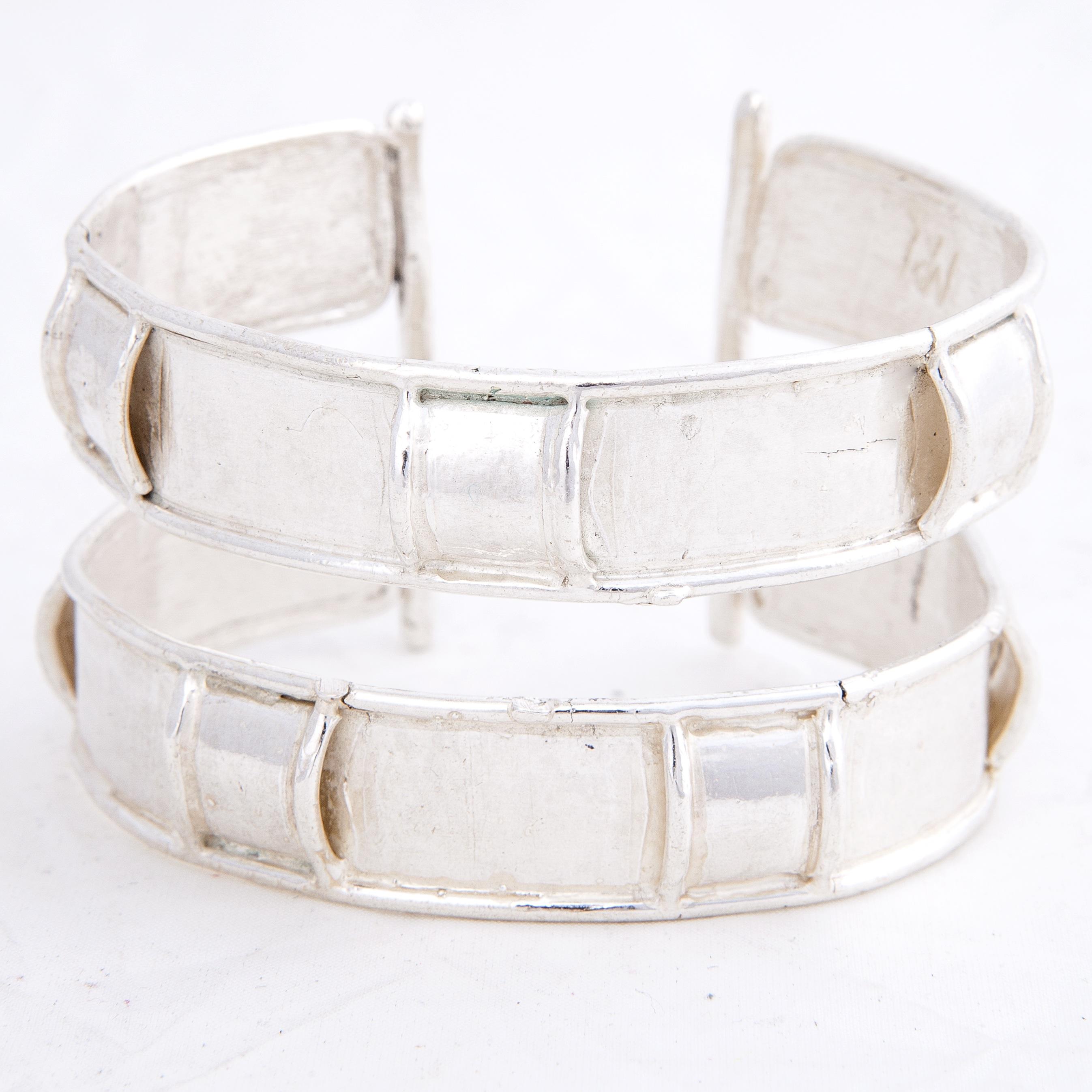 bracciale rigido in argento aperto